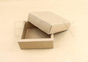 กล่องของขวัญปิดสนิท ทรงสี่เหลี่ยมจัตุรัส